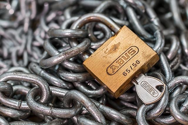 """""""chain"""""""